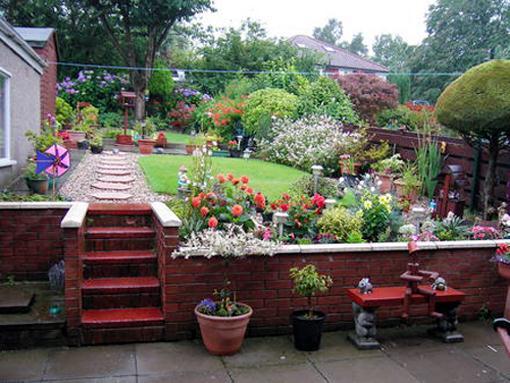 Jardines peque os - Como decorar un estanque ...
