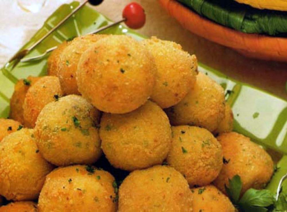 las papas Además de ser deliciosas y fáciles de cocinar, las patatas son bastante nutritivas  sigue leyendo y entérate de algunos beneficios de las patatas para la salud.