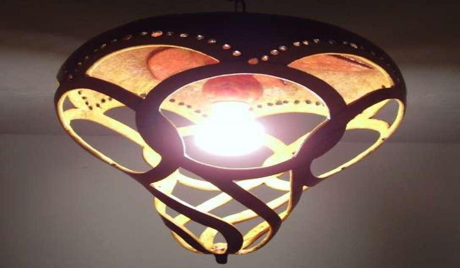 Consejos para colocar una l mpara en el techo diario la - Instalar lampara techo ...
