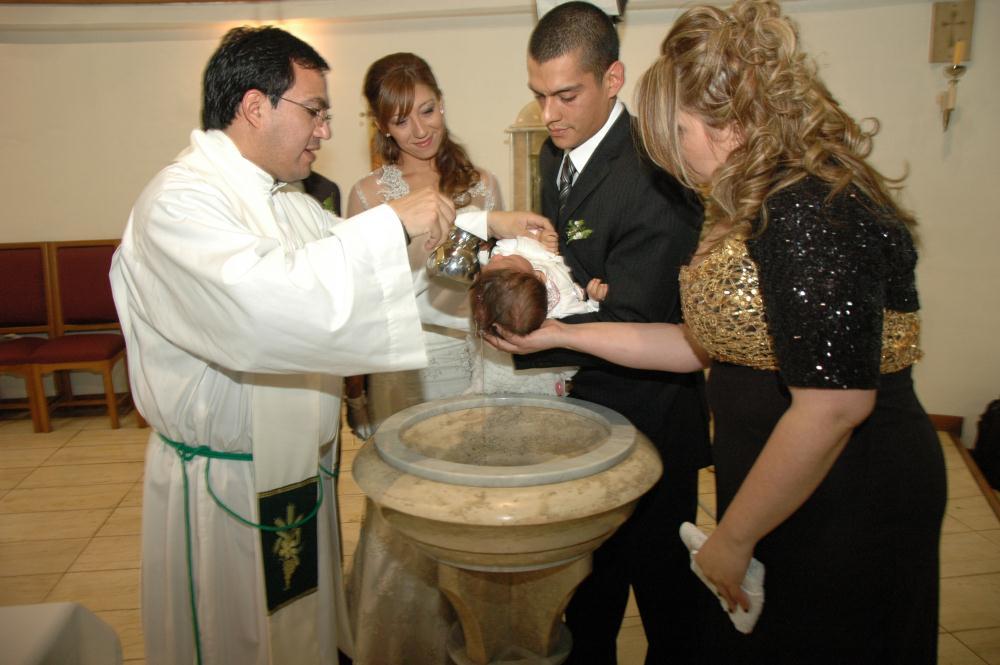 El catholic blog padrinos de bautizo qu son para qu sirven - Que regalar en un bautizo al bebe ...